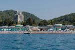 Описание пляжа отеля Спутник в мкр. Хоста, отзывы, фотографии, как проехать