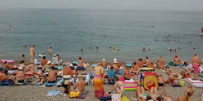 """Популярный пляж в Адлере - """"СССР"""" лето 2020 года режим работы, отзывы, фото"""
