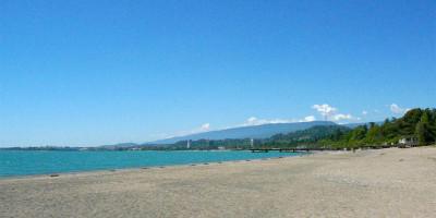 Пляж Синопский в городе Сухум на лето 2020 года - фотографии, отзывы туристов