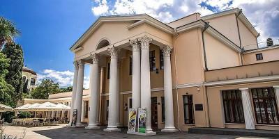 Театр Чехова в городе Ялта – как проехать, режим работы, адрес, отзывы посетителей, подробное описание.