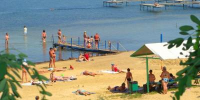 Пляжи в поселке Сенной - актуальные фотографии, отзывы туристов, описание инфраструктуры.