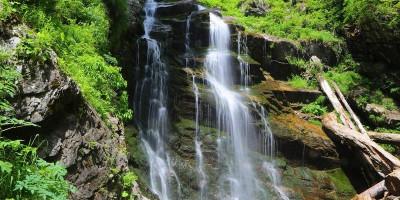 Парк водопадов Менделиха в районе горного Сочи, отзывы посетителей, фотографии, режим работы, как проехать, адрес.